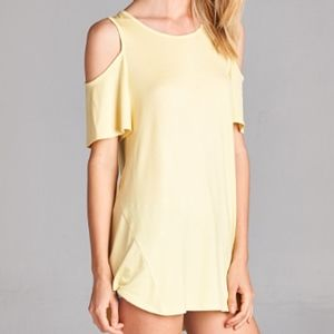 NWT Hailey & Co. Cold Shoulder Top